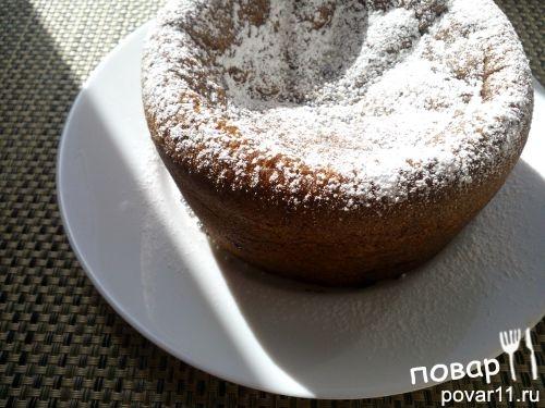 Пирог с чёрной смородиной