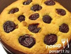 Рецепт тосканского кукурузного пирога со сливой